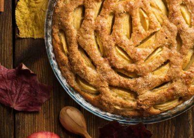 Apfelkuchen mit Aroniabeeren