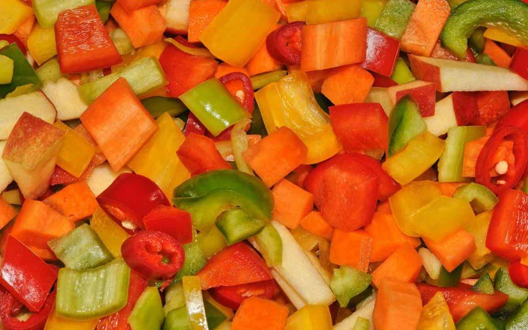 Paprika-Tomate-Möhren-Aufstrich